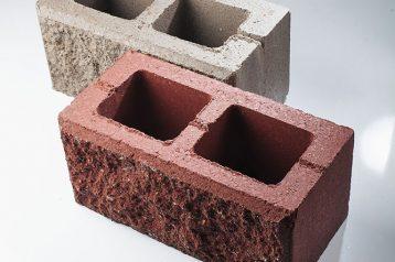 Блок бетонный облицовочный с обнаженной фактурой
