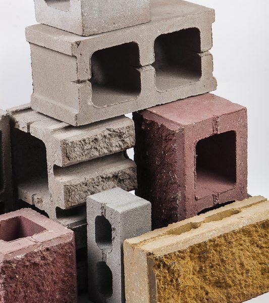 Кирпич бетонный облицовочный с обнажённой фатурой