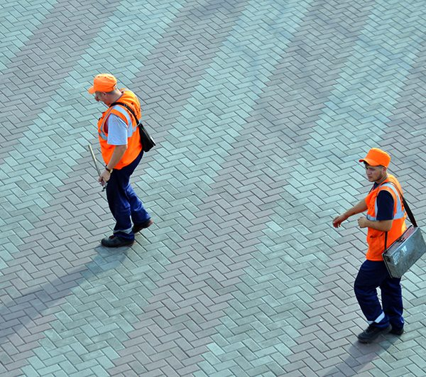 Тротуарная плитка кирпичик (100х200х60мм) фото укладки 1